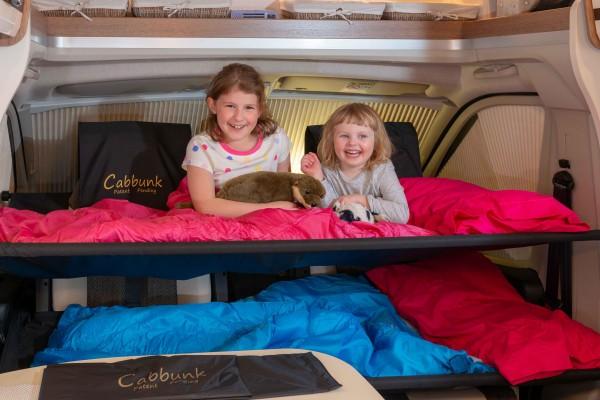Cabbunk Kinderbett für jedes Fahrerhaus mit Drehsitzen VW T6 doppel