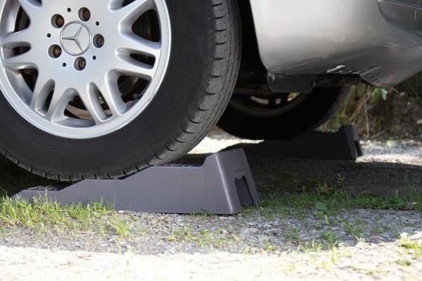 Stufenkeil 2er Set Auffahrkeil Rampen Wohnwagen Wohnmobil Fiamma Level UP