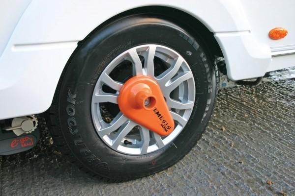"""Radkralle NEMESIS B-WARE ULTRA von 13""""- 16"""" Reifen Diebstahlschutz Wohnwagen"""