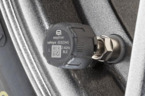 easydriver REIFENDRUCK System für 2 Reifen APP Rangierhilfe Trailer Wohnwagen